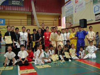 Alumnos de la escuela municipal wushu Badolatosa en campeonato Andalucia. Foto: Ayuntamiento de Badolatosa.