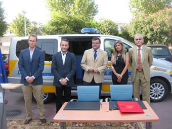 Entrega de vehículos en la DGT de Sevilla