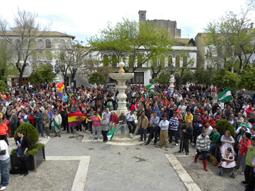Imagen de la concentración convocada por el SAT en la Plaza Mayor de Osuna.