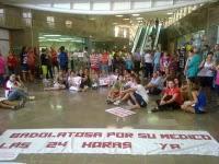 manifestación Badolatosa en Hospital Osuna 01