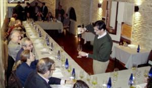 Moisés Caballero ofrece una cata en el restaurante Forties