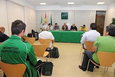 Representantes de Pedrera, en la última reunión sobre el torneo