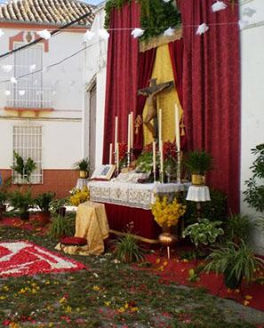Altar instalado con motivo del Corpus en La Roda