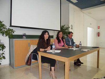 Conferencia en Estepa sobre vivienda con Granada Santos