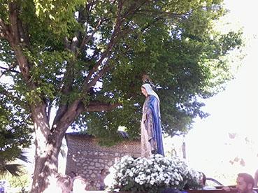 Salida de la Virgen Milagrosa, ayer