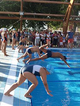 Cursos de natación en el polideportivo de Osuna