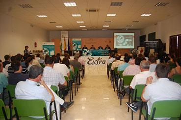 Encuentro de la Cámara de Comercio con empresarios en Estepa
