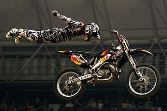 Ejemplo de freestyle en el motociclismo