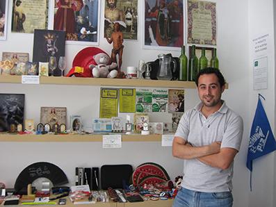 Mario Quero, en su negocio de la Avenida de Andalucía