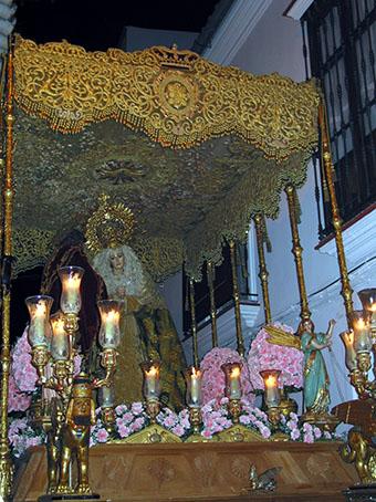 Virgen de la Esperanza de la Vera Cruz, años 90. Foto: Remedios Camero.