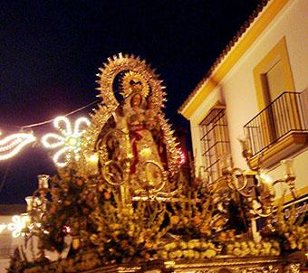La Virgen del Rosario, por las calles de Lantejuela