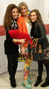En la imagen, las diseñadoras Paula García Junco, Mari Paz Guerrero y Pilar Jirós. Foto: twitter de MPGuerrero.
