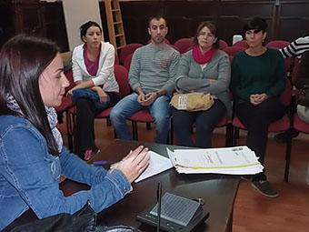 La concejala de Juventud, reunida con los colectivos y asociaciones implicados en la Cabalgata