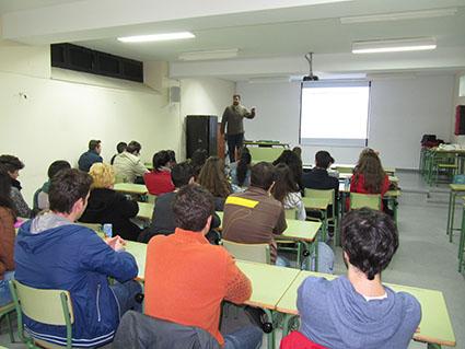 José Martín, de Eusalud Ostippo, en un momento de su charla
