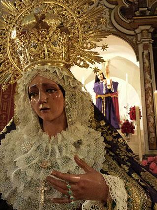 Imágenes titulares de la Hermandad del Nazareno y Esperanza de Casariche. Foto: Hermandad.