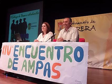 El alcalde pedrereño, en la inauguración hoy del encuentro de AMPAS