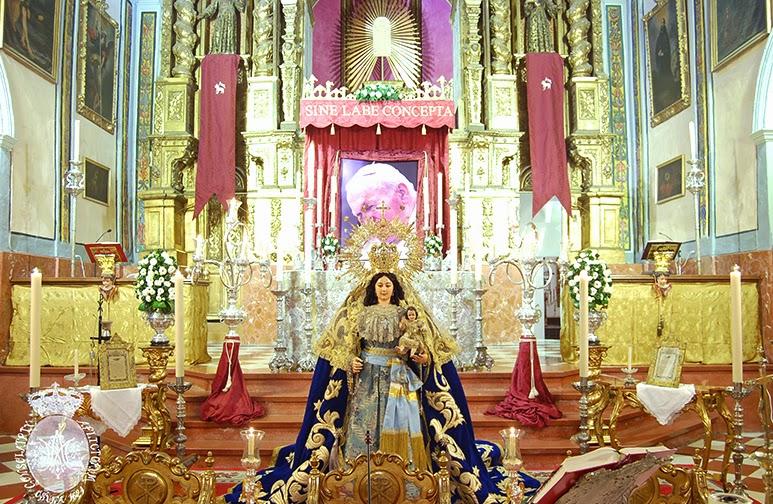 La Virgen de Consolación, en besamanos. Foto: Web de la Hermandad de Consolación.