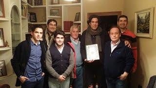 Silverio Ortiz, con los miembros de la junta de gobierno de la cofradía.