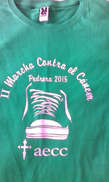 Imagen de la camiseta a la venta para la II Marcha Contra el Cáncer de Pedrera.
