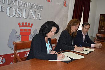 FIRMA CONVENIO ESCUELA UNIVERSITARIA -ASOCIACIÓN FIBROMIALGIA