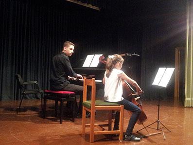 Alumnos del Conservatorio de Osuna tocaron en Estepa. Foto: R. Camero.