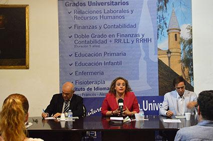 INAUGURACIÓN CURSOS VERANO ESCUELA UNIVERSITARIA